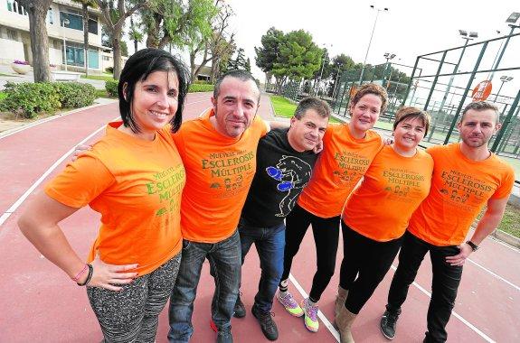 Comunidad Valenciana.Valencia.07/01/2016.asociacion de afectados pro esclerosis multiple que corren en la 10k.Fotografía de Jesus Signes.